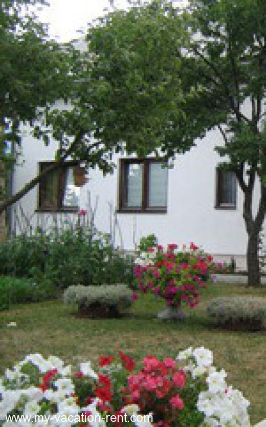 Camere marijanovic korenica laghi di plitvice croazia for Camere croazia